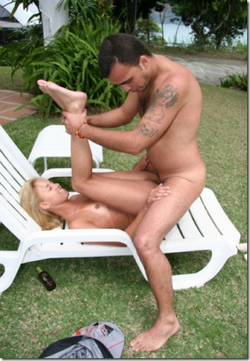 extreme asses getting fucked outdoor
